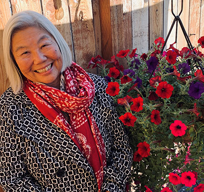 Gayle Yamasaki with flowers